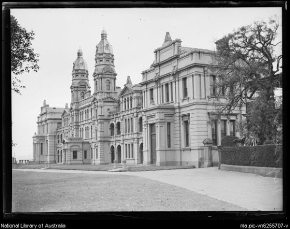 Fairfax Corporation.  1920,  Building of the Deaf and Dumb Institute, New South Wales, ca. 1920s [picture]