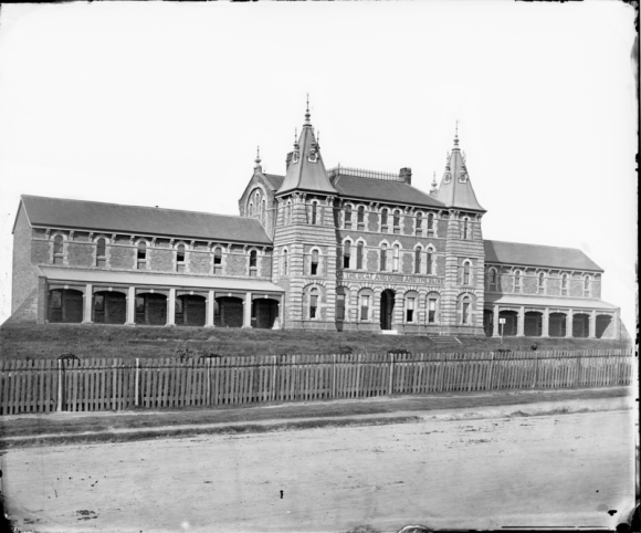 Deaf, Dumb & Blind Institute, before extensive renovation and addition, Sydney. Creator:American & Australasian Photographic Company. Call Number: ON 4 Box 57 No 273. Digital Order No.:a2825004